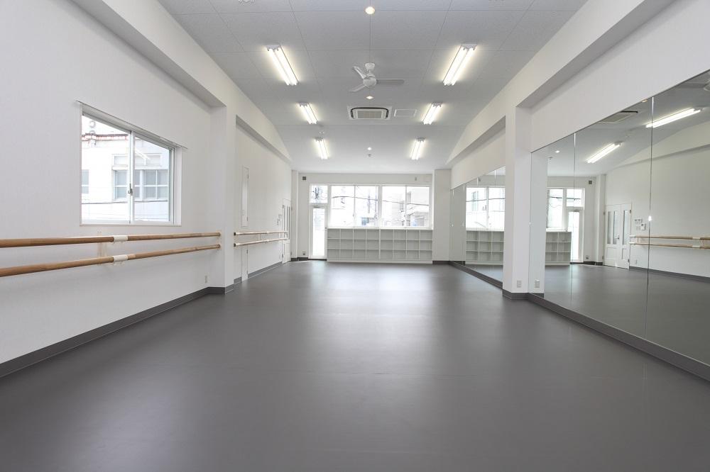 バレエ教室の内装デザイン