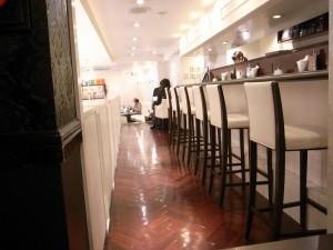 ポアールPOIREの喫茶店