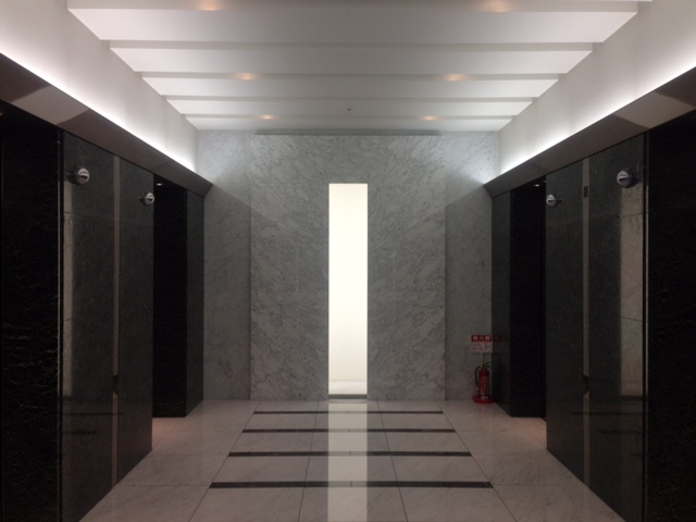 エレベータホール間接照明