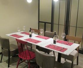 イタリアンレストランテーブルデザイン