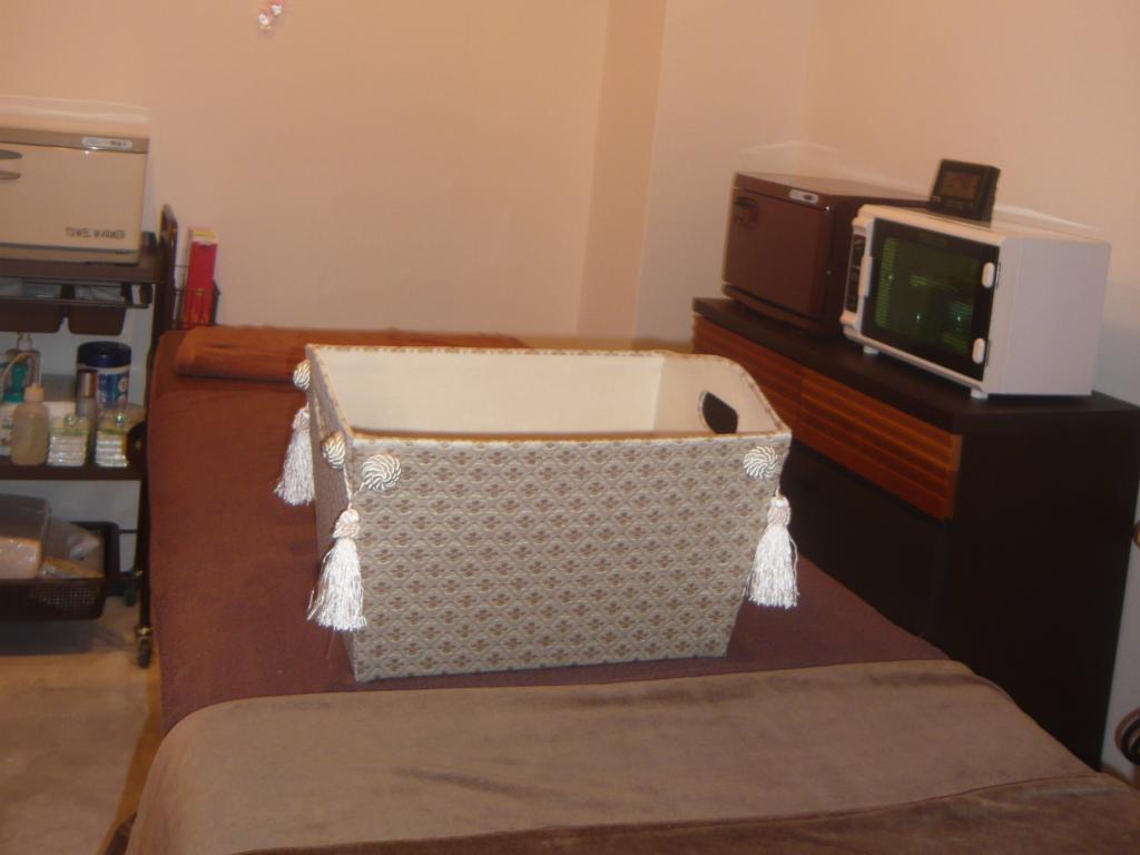 エステサロン施術室ベッド