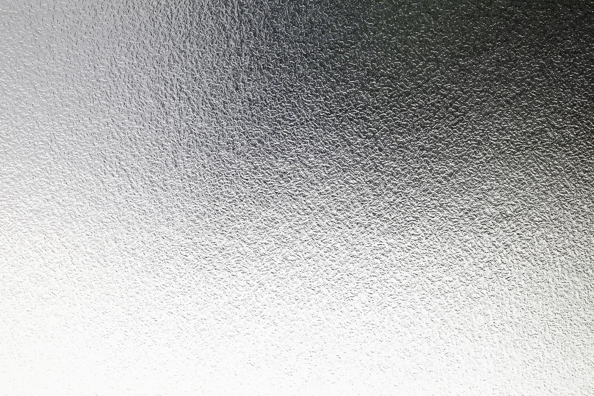 内装工事で用いるガラスの種類について