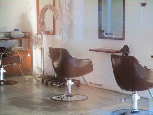 美容院の内装