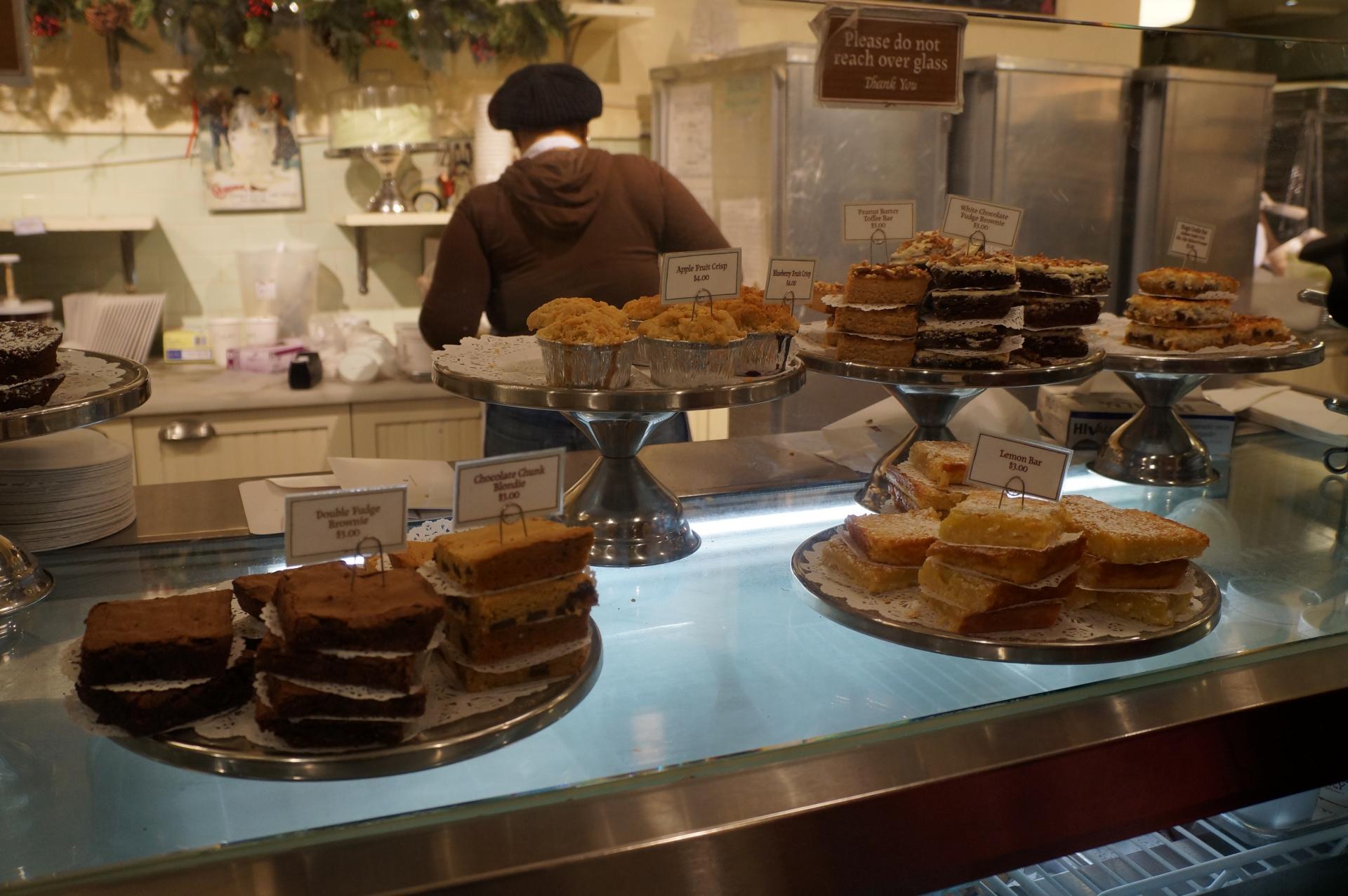 ケーキ屋開業を成功させるポイントと必要資金