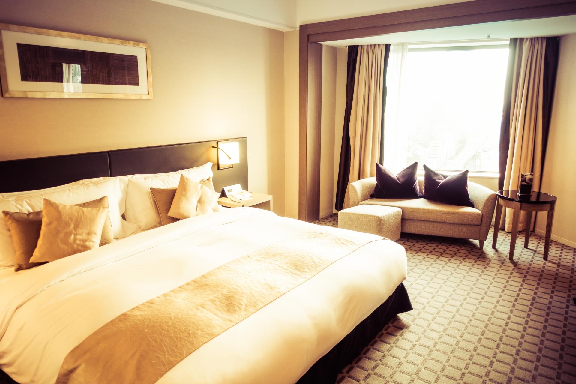 狭くても、評価が上がるビジネスホテルの内装の効果
