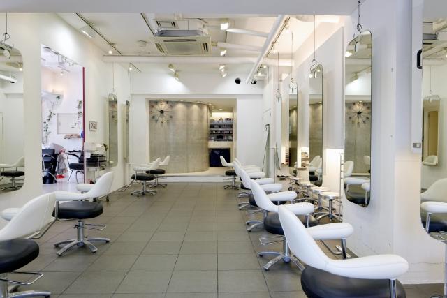 美容師の開業に必要な資金は?