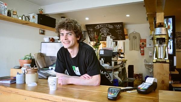 雑貨屋とカフェの両方を経営できるのが魅力
