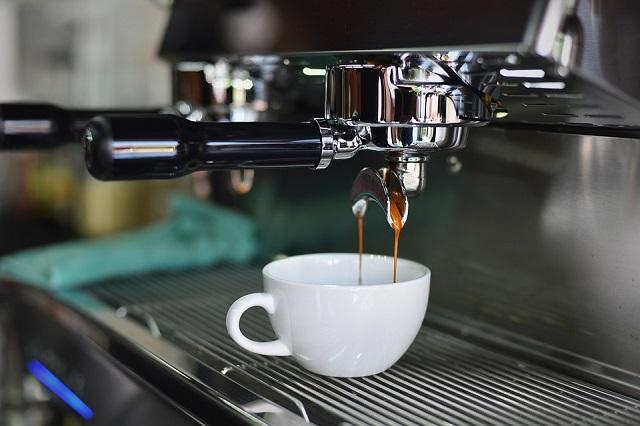 カフェと喫茶店の違いとは