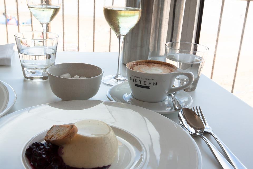 「喫茶店」は「カフェ」ではない