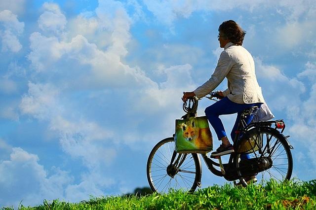 自転車に乗る人が増えている!今が狙い目の自転車屋